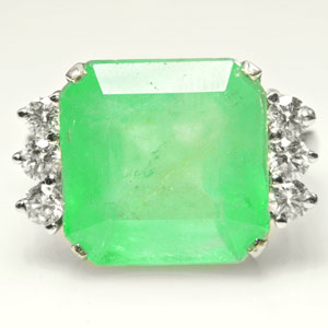 8.94-Carat Colombian Emerald Ring