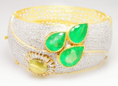 Emerald & Cat's Eye Bracelet